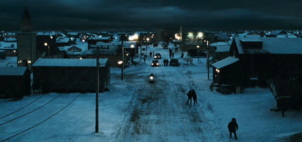 30 Days Of Night Scary Vampires Flawed Script Father Son Holy Gore