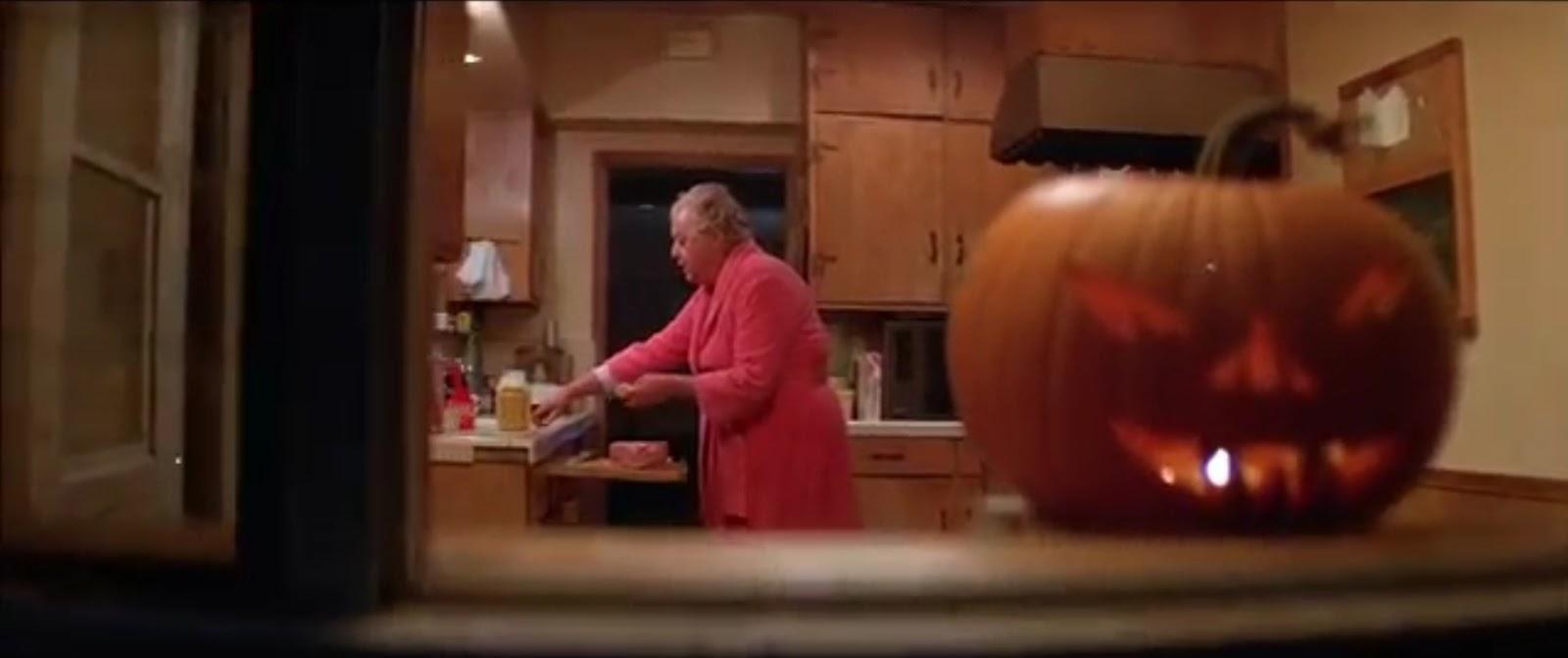 halloween ii myers in window - Halloween 2 1981 Full Movie
