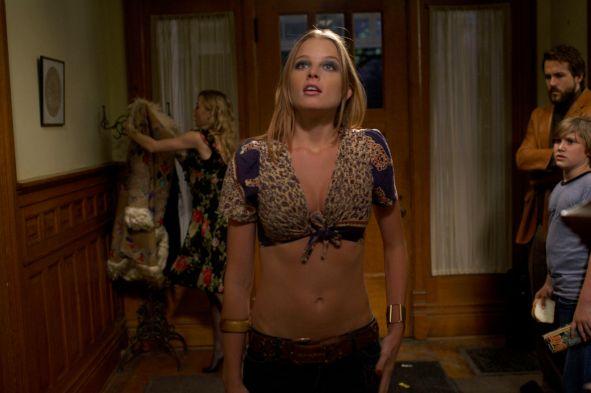 Rachel-in-The-Amityville-Horror-rachel-nichols-6965532-2560-1706