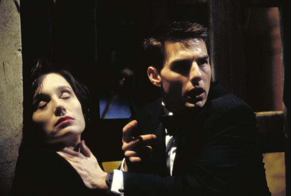 still-of-tom-cruise-and-kristin-scott-thomas-in-mission--impossible-(1996)-large-picture