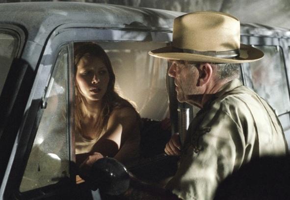 The-Texas-Chainsaw-Massacre-2003-stills-the-texas-chainsaw-massacre-series-3278048-1400-914