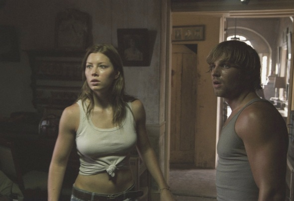 The-Texas-Chainsaw-Massacre-2003-stills-the-texas-chainsaw-massacre-series-3278049-1400-912