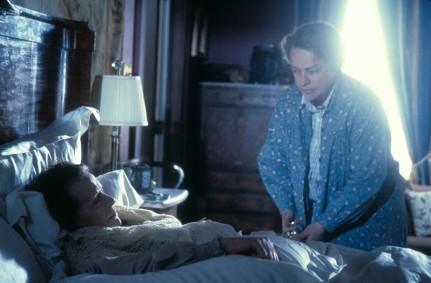 Dolores-Claiborne-1995-kathy-bates-30819295-1500-988