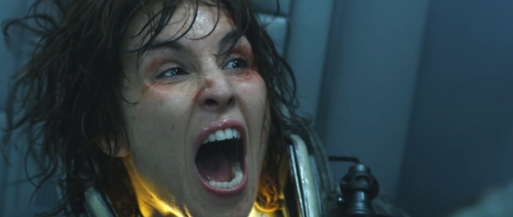 noomi-rapace-as-elizabeth-shaw-in-prometheus