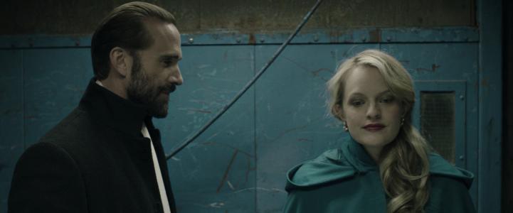 The Handmaid's Tale - Elisabeth Moss & Joseph Fiennes