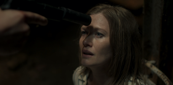 Father Son Holy Gore - Hanna - Mireille Enos