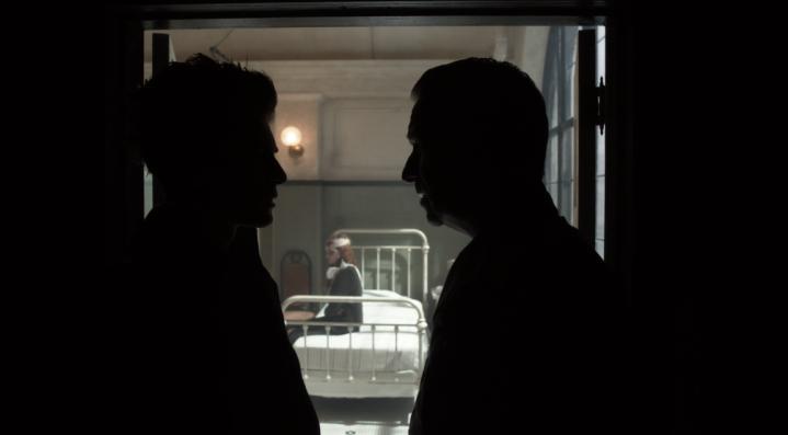 "Gotham 5x08 ""Nothing's Shocking"" - David Mazouz & Sean Pertwee"