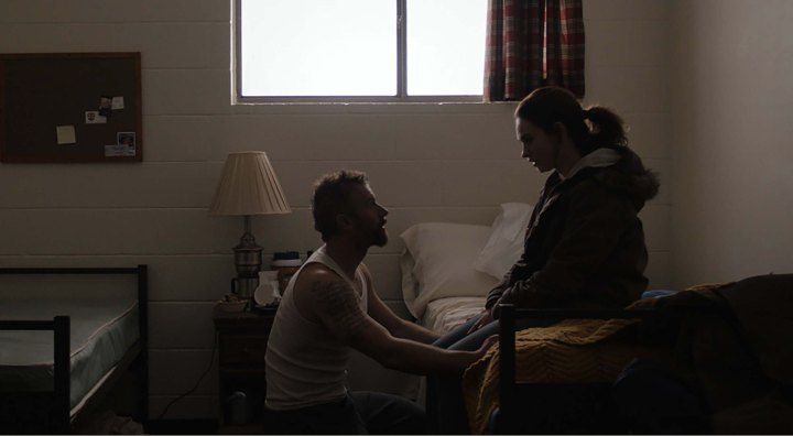 Father Son Holy Gore: Little Woods (2019) - James Badge Dale & Lily James