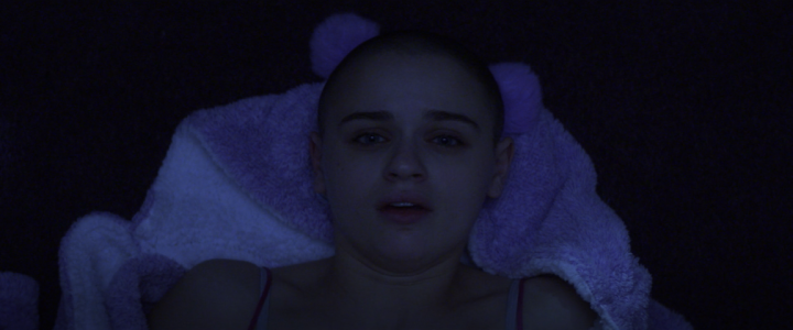 Father Son Holy Gore - The Act - Joey King