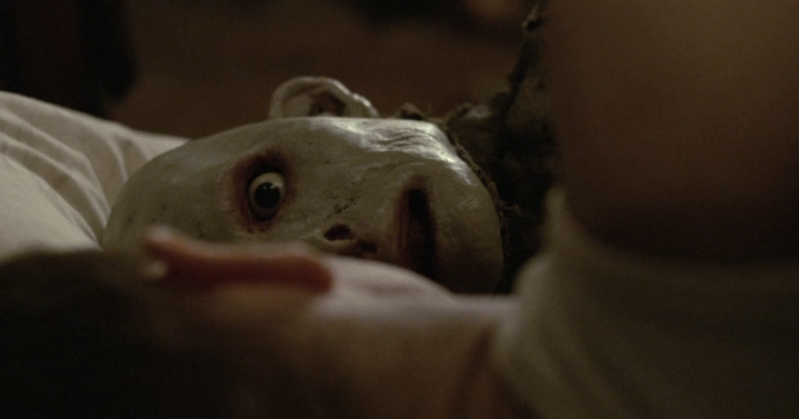 Father Son Holy Gore: Possum (2018) - Face in Bed