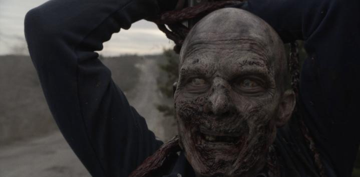 Father Son Holy Gore - Fear the Walking Dead - Zombie Bowel Blockade