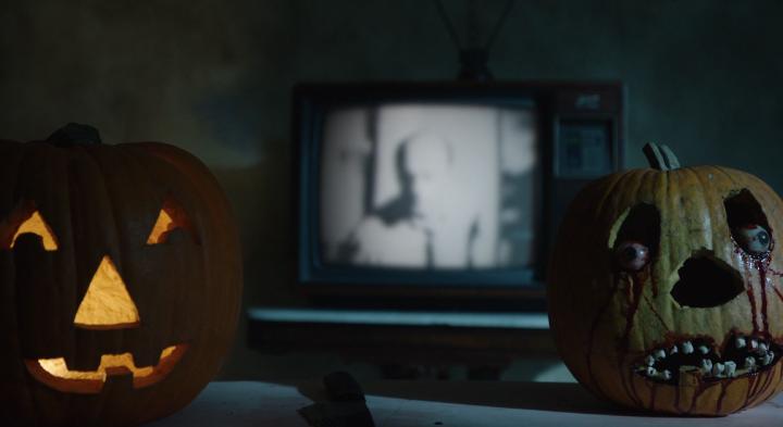 Father Son Holy Gore - Creepshow - Eyeball Pumpkin