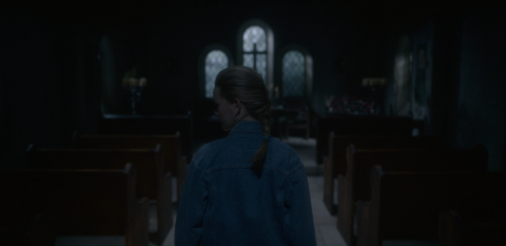 Father Son Holy Gore - The Haunting of Bly Manor - Dani in the Church (1)