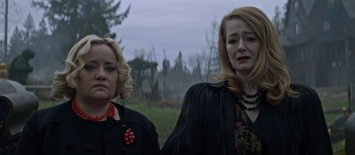 Father Son Holy Gore - Chilling Adventures of Sabrina - Aunts Hilda and Zelda