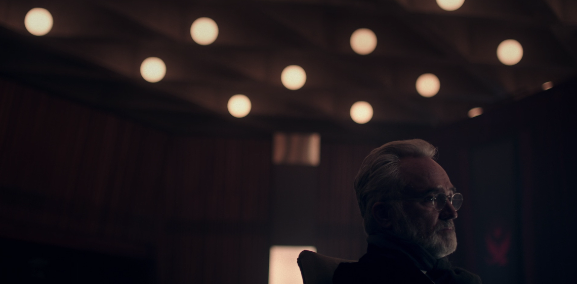 Father Son Holy Gore - The Handmaid's Tale - Bradley Whitford as Joseph Lawrence