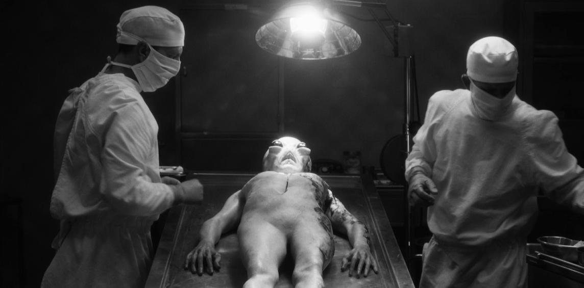 Father Son Holy Gore - American Horror Story - Alien Autopsy